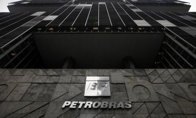 Imagem do edifício sede da Petrobras, no centro do Rio Foto: Dado Galdieri / Bloomberg