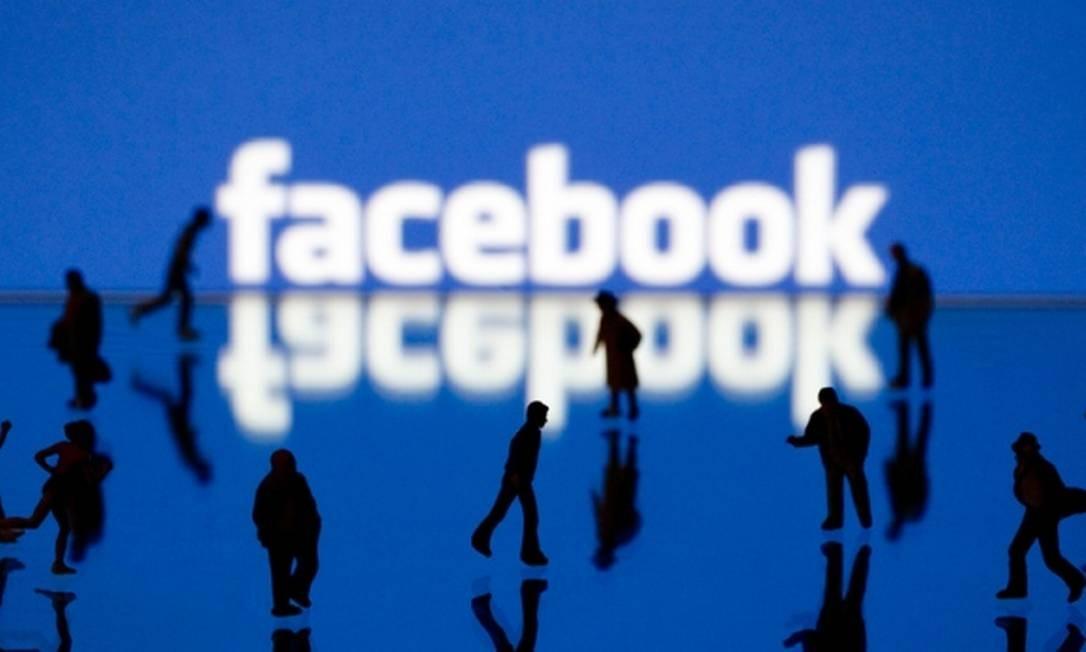 Aprendizagem profunda é a nova seara da equipe de pesquisas do Facebook em inteligência artificial Foto: Joel Saget / AFP