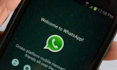 Tela do WhatsApp no celular Foto: Stan Honda / AFP Photo