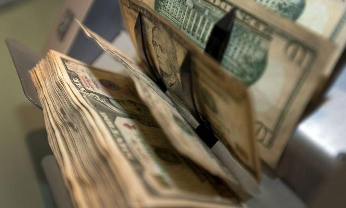 Arrecadação bate recorde com repatriação e atinge R$ 148 bilhões em outubro