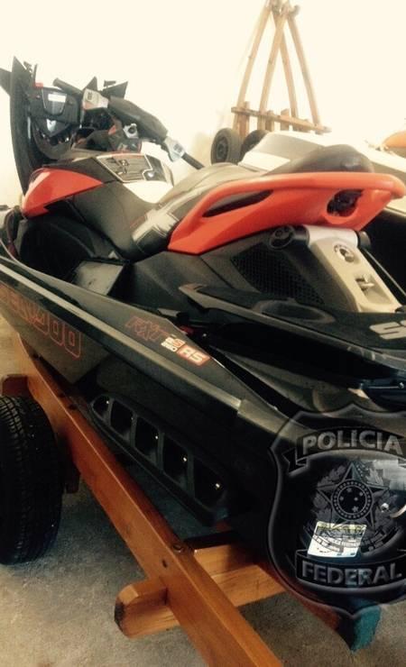 Mais um jet-ski entre os bens apreendidos pela Polícia Federal na casa do empresário Eike Batista em Angra dos Reis Foto: Divulgação Polícia Federal