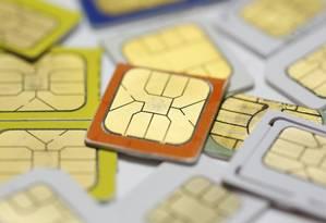 SIM cards da fabricante Gemalto: alvos de ataques governamentais Foto: DADO RUVIC / REUTERS