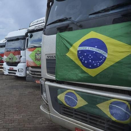 Caminhoneiro manifestaram em Brasília por melhores condições de trabalho Foto: Valter Campanato/Agência Brasil