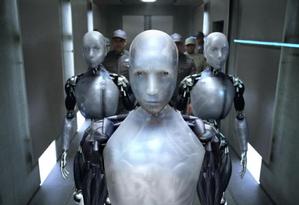 Cena de 'Eu Robô', filme de 2004 baseado no livro homônimo de Isaac Asimov Foto: Divulgação / 20th Century Fox