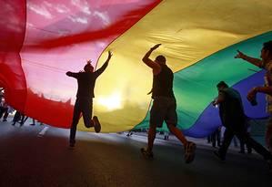 Alegria tomou conta dos participantes das marchas de orgulho em diversos pontos do mundo Foto: Jose Luis Gonzalez / Reuters