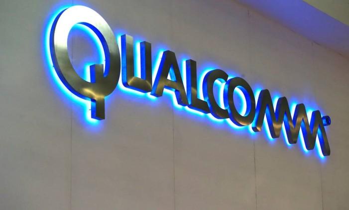 Empresa dos EUA enfrenta concorrência de asiáticas, especialmente chinesas, que produzem chips para celulares baratos Foto: Pau Barrena / Bloomberg