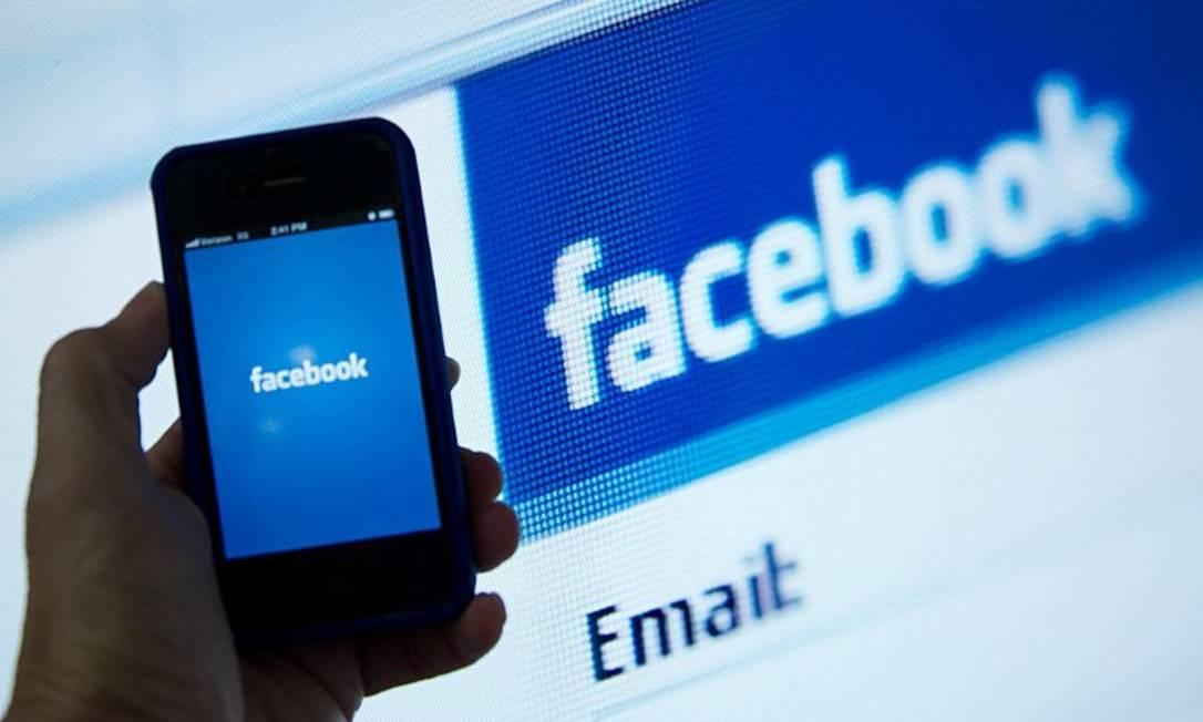 """Facebook: mais de 27 milhões de mensagens enviadas pelo """"Rei do spam"""" Foto: KAREN BLEIER / AFP"""