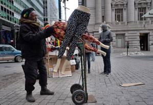 Disparidade de renda aumenta devido a salários menores dos mais pobres nos EUA Foto: JEWEL SAMAD / AFP
