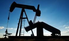 Bomba de petróleo em campo perto de Corpus Christi, no Texas, Estados Unidos Foto: Eddie Seal / Bloomberg