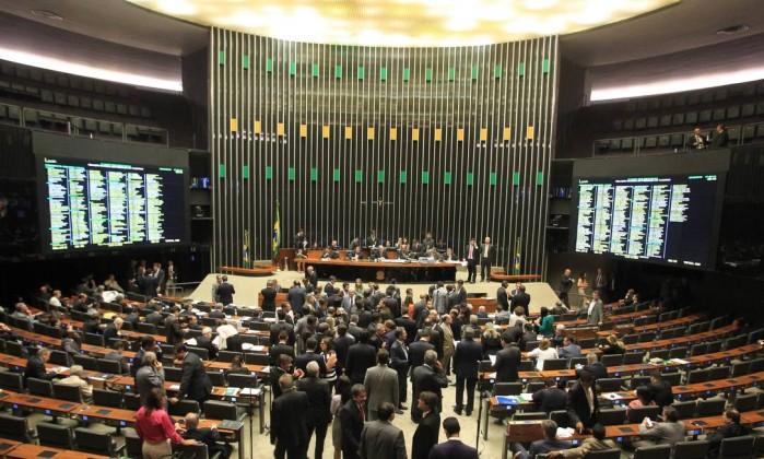 Presidente da Câmara Federal sinaliza que pode 'matar' medidas anticorrupção
