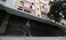 Em meio à crise, quase 100 mil lojas fecharam no ano passado, segundo a CNC Foto: Custódio Coimbra / Agência O Globo