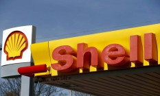 Posto de gasolina da Shell Foto: ARND WIEGMANN / REUTERS