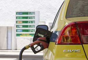 Aumento do PIS/Cofins sobre combustíveis visa a reforçar os cofres públicos Foto: Márcia Foletto / Agência O Globo