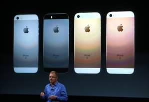 Greg Joswiak, vice presidente da Apple, apresenta o novo iPhone Foto: JUSTIN SULLIVAN / AFP