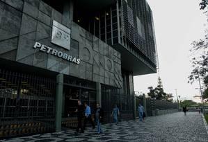 Prédio da Petrobras no Centro do Rio Foto: Pedro Teixeira / Agência O Globo