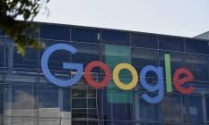 Letreiro da Google na sede em Moutaing View, na Califórnia, EUA Foto: Michael Short / Bloomberg