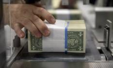 IOF sobre dolár em espécia passará de 0,38% para 1,10% Foto: Bloomberg News