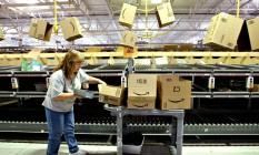 Centro de empacotamento da Amazon em Fernley, Nevada, EUA. Empresa quer ampliar serviço de entregas aéreas Foto: Ken James / Bloomberg