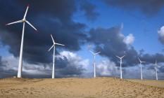 Parque eólico em Beberibé, no Ceará, de propriedade da Tractebel Energia Foto: Adriano Machado / Agência O Globo