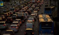 Trânsito intenso na na Avenida 23 de março, em São Paulo Foto: Dado Galdieri / Bloomberg