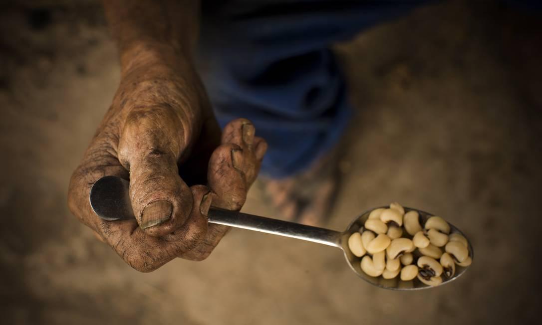 No caso da pobreza extrema, o patamar não era observado nos últimos 20 anos. Foto: Márca Foletto / Agência O Globo