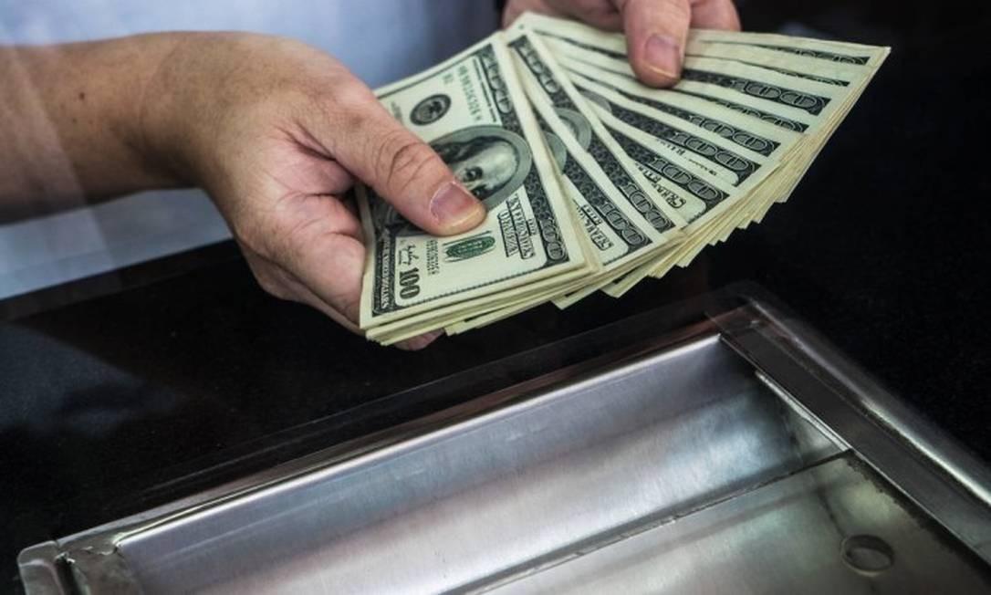 Notas de dólar americano Foto: Reprodução /
