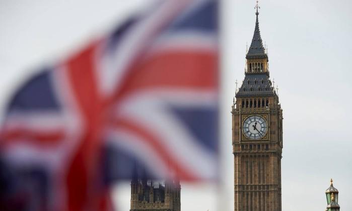 Tony Blair confirma que está empenhado em reverter o Brexit
