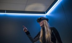Demonstração do HoloLens, visor de realidade aumentada da Microsoft Foto: David Paul Morris / Bloomberg News/30-3-2016