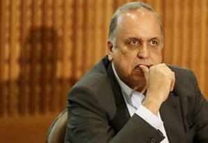 O governador do Rio, Luiz Fernando Pezão Foto: Domingos Peixoto / Agência O Globo/11-11-2016