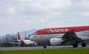 Avião da Avianca Holdings no aeroporto El Dorado, em Bogotá, Colômbia Foto: Alejandra Parra / Bloomberg
