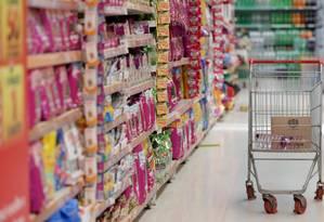 Supermercado em São Paulo Foto: Márcio Alves / Agência O Globo