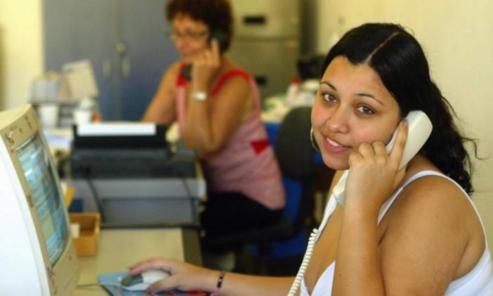 Mulheres trabalhando Foto: Gustavo Stephan / O Globo