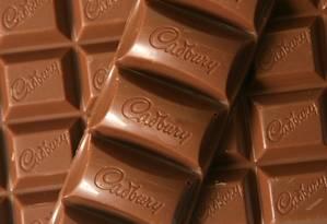 Barra de chocolate Cadbury, uma das marcas da Mondelez Foto: SUZANNE PLUNKETT / BLOOMBERG NEWS/Arquivo