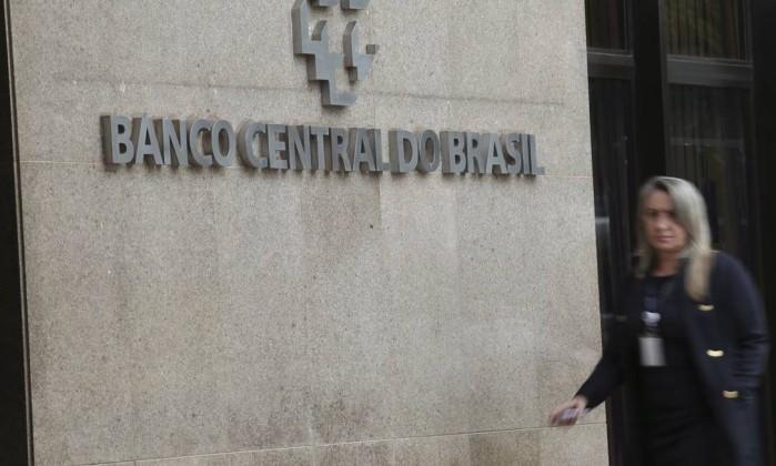 Mercado espera que Selic caia de 12,25% para 8,75%
