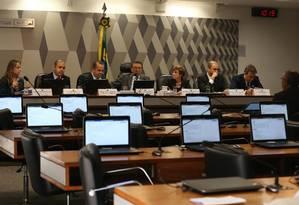 Audiência da Comissão de Constituição e Justiça do Senado, que debate a reforma trabalhita Foto: Givaldo Barbosa / Agência O Globo
