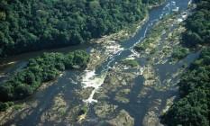 Uma vista aérea do Rio Jari : a região protegida pela reserva de Iratapuru guarda uma das florestas mais espetaculares de toda a Amazônia. Foto: Divulgação / Conservação Internacional
