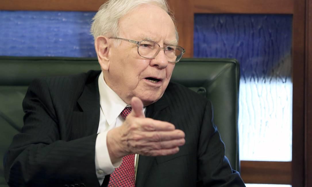 Warren Buffett: rendimentos das ações da Berkshire serão dedicados a fins filantrópicos Foto: Nati Harnik / AP