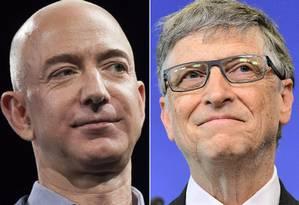 Jeff Bezos, da Amazon, e Bill Gates, da Microsoft, que estão entre os mais ricos do mundo Foto: AFP