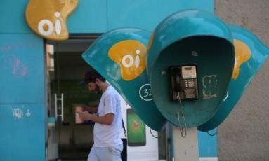 Crise da empresa de telecomunicações Oi. Agência da Oi na Rua do Lavradio 71, Centro. Foto: Custódio Coimbra / Agência O Globo