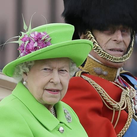 Rainha Elizabeth II e príncipe Philip. Foto: Tim Ireland / AP