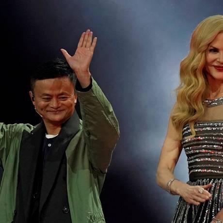 Jack Ma, CEO da Alibaba, e a atriz Nicole Kidman no evento de abertura do Dia do Solteiro, na China. Foto: ALY SONG / REUTERS
