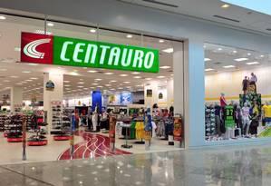 Loja da Centauro em Shopping Foto: Divulgação
