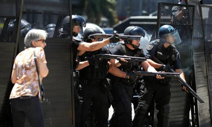 Votação de reforma Previdência deixa 162 feridos e 81 presos — Argentina