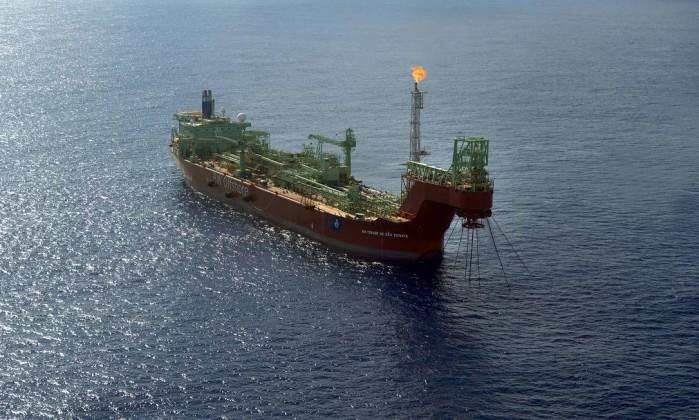 Resultado de imagem para Governo envia edital do megaleilão de petróleo da cessão onerosa ao TCU