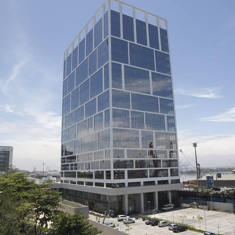 Predio Port Corporate Tower ao lado do INTO. Foto: Pablo Jacob / Agência O Globo