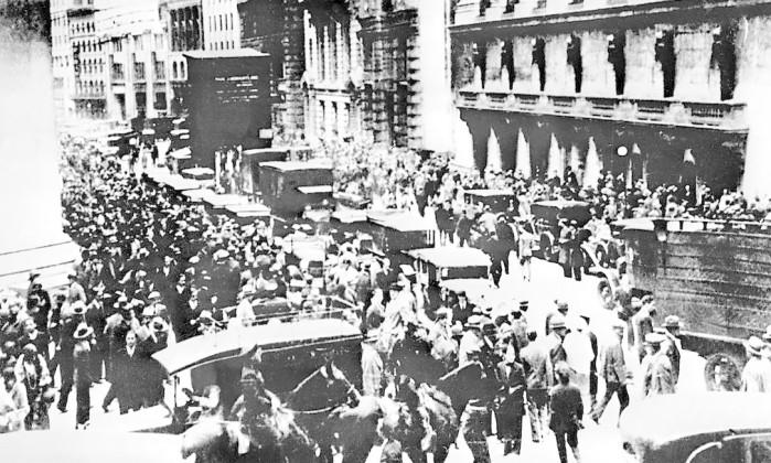 Queda brutal de Wall Street balança mercados asiáticos e europeus