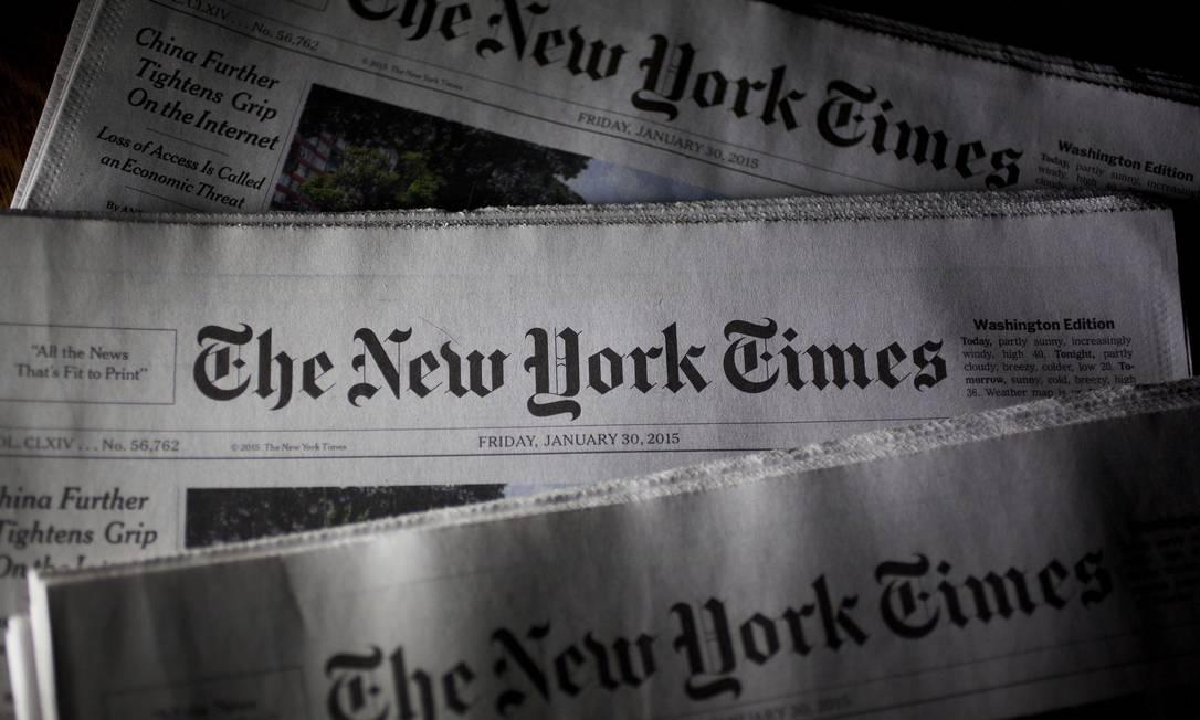 "Edições impressas do ""New York Times"" Foto: Andrew Harrer / Bloomberg"