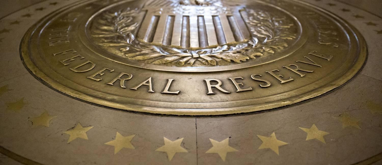 Símbolo do Federal Reserve (Fed, o banco central americano) Foto: Andrew Harrer / Bloomberg