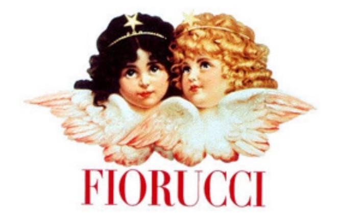 Os clássicos anjinhos símbolo da marca italiana Fiorucci, que fez sucesso, mas hoje não opera mais no país Foto: Divulgação