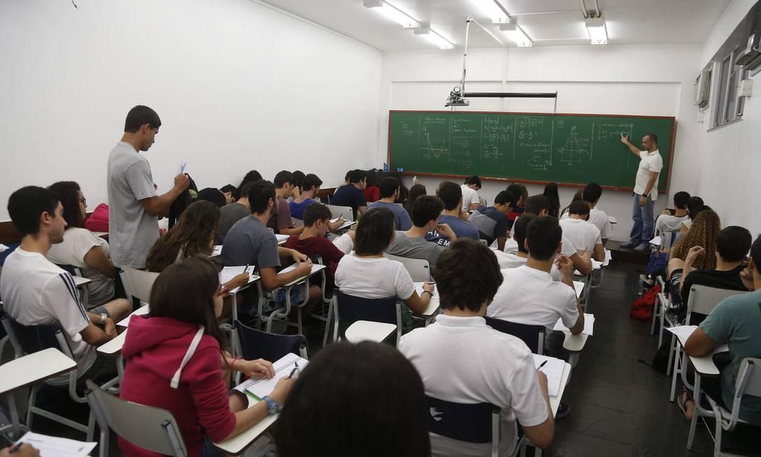 Sala de aula de curso no Rio. Foto: Marcelo Carnaval / Agência O Globo